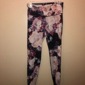 Old Navy Floral Active Leggings